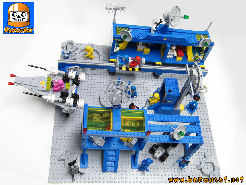 Lego Neo Classic space Starbase MOC